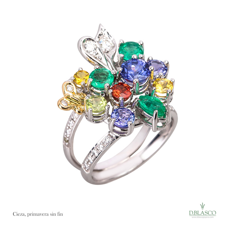 Blasco Joyero, joyerias en Murcia, joyas en Murcia, anitas y diamantes, pendientes exlusivos, Murcia, joyeria en Murcia, taller de joyeria en Murcia, Blasco, joyas unicas, joya de colección,Cieza
